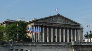 L'assemblée vue de la Seine
